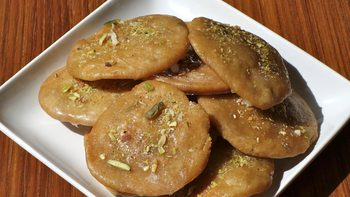 Meethi Matri (Indian Sweet Cracker)