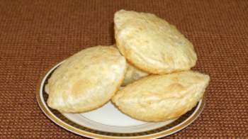 Dal Puri (Indian Fried Bread)